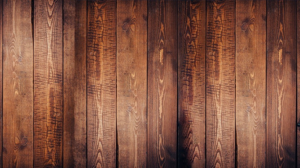 Nyt liv til det slidte trægulv med en professionel gulvafslibning